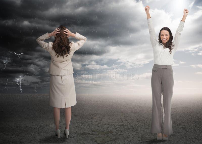 Riuscite e donne di affari sollecitate fotografia stock libera da diritti