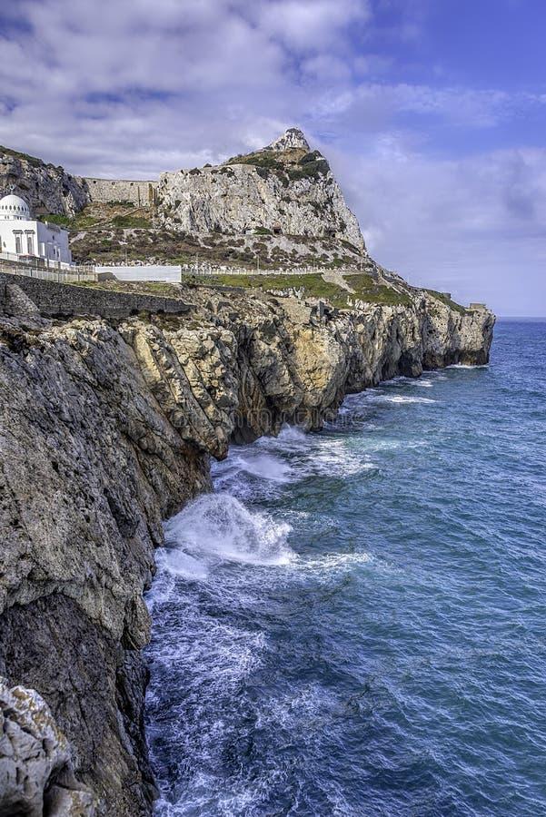Riva del sud di Gibilterra che sembra del nord verso la Spagna immagini stock libere da diritti