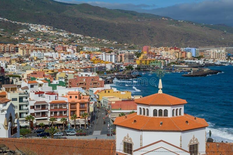Riva dell'oceano a Candelaria, Tenerife fotografie stock