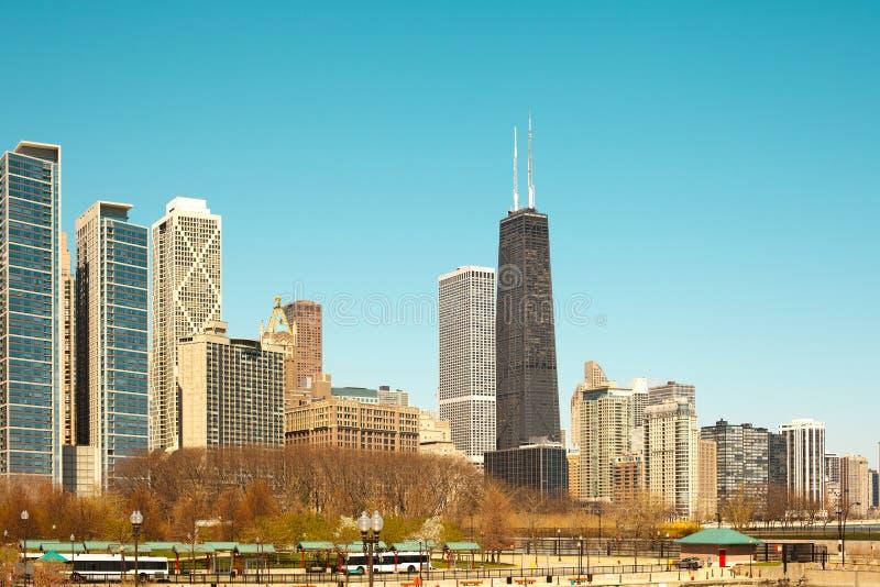 Riva e Milton Lee Olive Park del lago in Chicago immagini stock