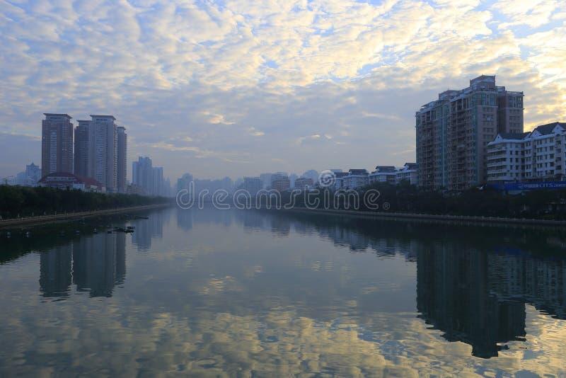 Rivage est de lever de soleil de lac de yundang photo libre de droits