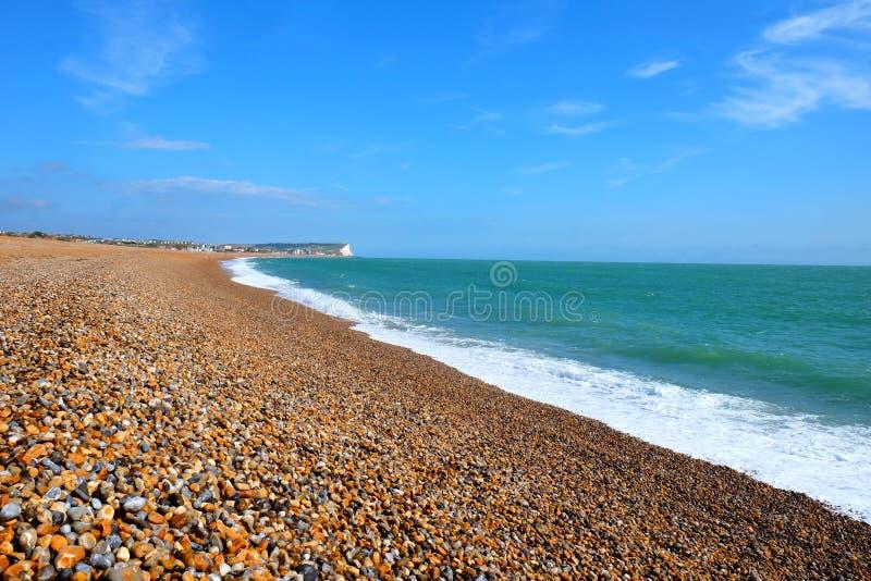 Rivage rapide de plage de Seaford au soleil photo libre de droits