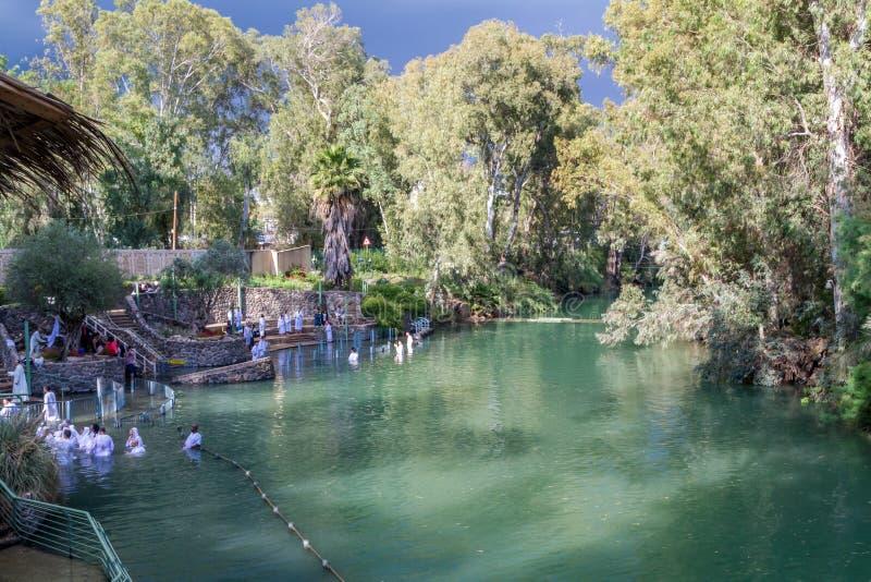 Rivages de Jordan River au site baptismal, Israël images libres de droits