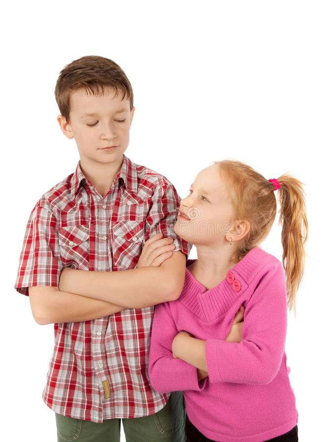 Rivalité d'enfant de mêmes parents images libres de droits