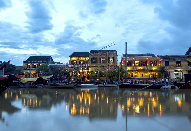 Rive de Hoi An au crépuscule photographie stock libre de droits