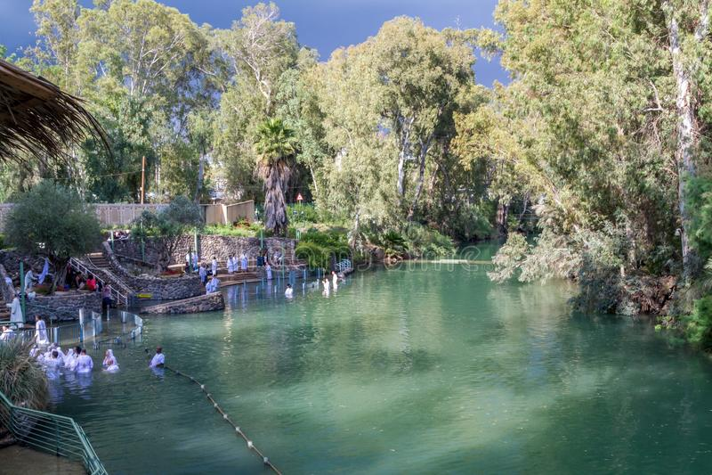Rive di Jordan River al sito battesimale, Israele immagini stock libere da diritti