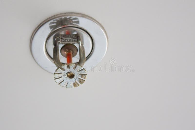 Download Rivelatore Di Incendio Ed Estintore Fotografia Stock - Immagine di calore, costruzione: 7303258