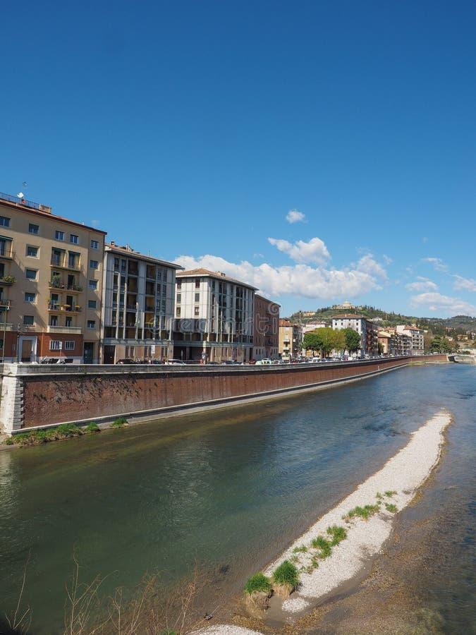 River Adige em Verona fotos de stock