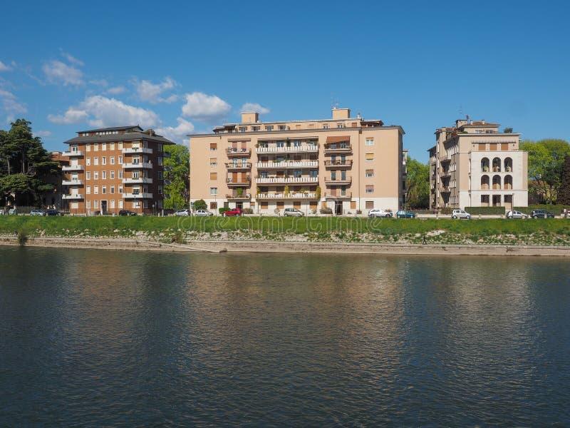 River Adige em Verona imagens de stock