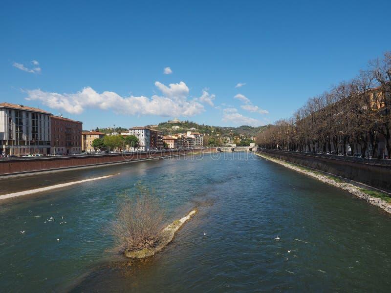 River Adige em Verona foto de stock