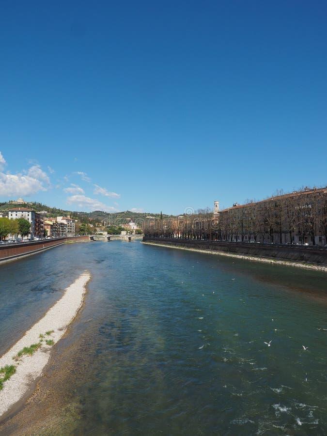 River Adige em Verona imagens de stock royalty free