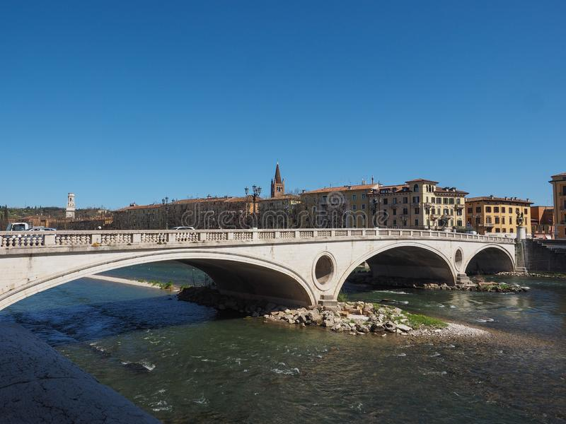 River Adige em Verona fotografia de stock royalty free