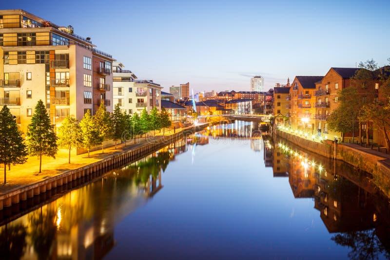 River Aire, Leeds, West Yorkshire, Inglaterra, Reino Unido foto de stock royalty free