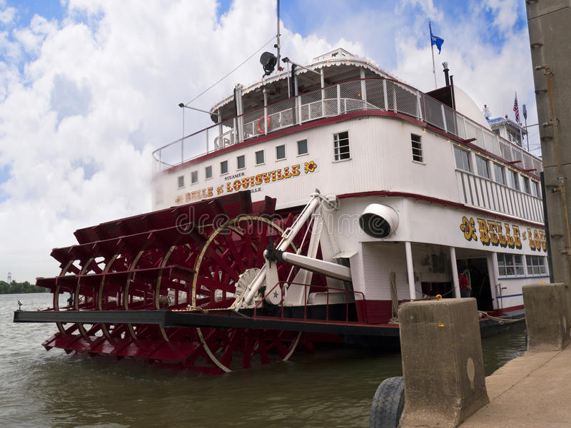 The River Ohio in Louisville Kentucky. Paddlesteamer Riverboat the Belle of Louisville on the River Ohio in Louisville Kentucky royalty free stock photography