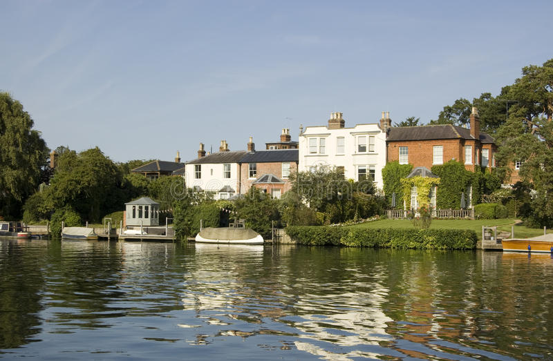 Download River Thames at Bourne End stock photo. Image of bourne - 27129868