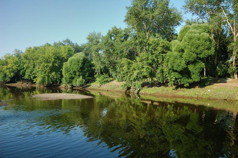 Riverbank fotografie stock