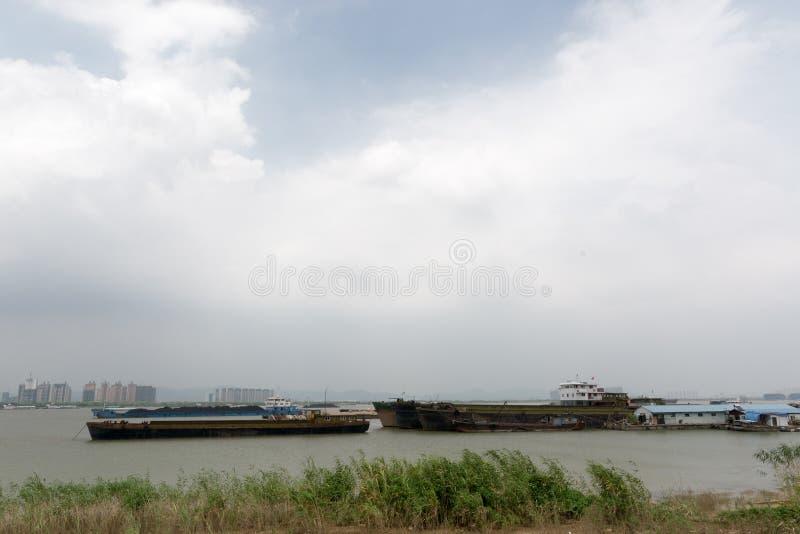 riverbank photographie stock libre de droits