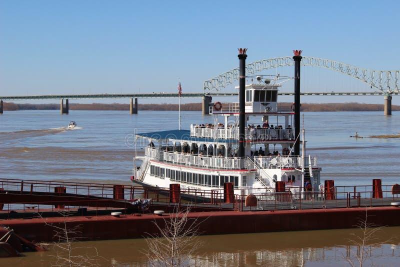 Riverboat på Mississippi royaltyfria bilder