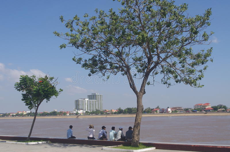 Download Riverfront in Phnom Penh editorial photo. Image of outdoor - 41694816