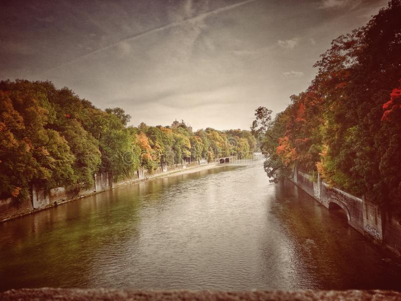 Rivière d'Isar photo libre de droits