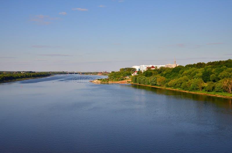 Rivière d'Oka au confluent de la rivière de Moskva, Russie images stock