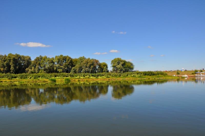 Rivière d'Oka dans la ville de Riazan photos libres de droits
