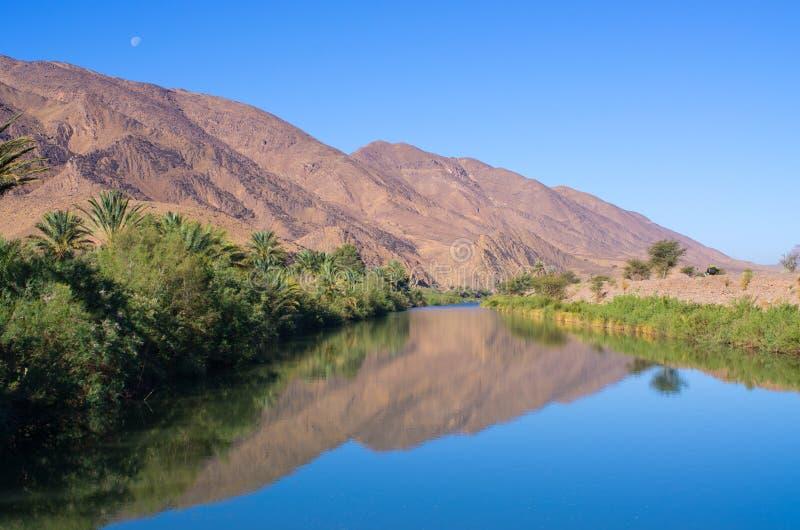 Rivière de Draa au Maroc image stock