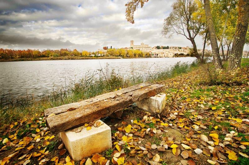 Rivière de Duero à Zamora image stock