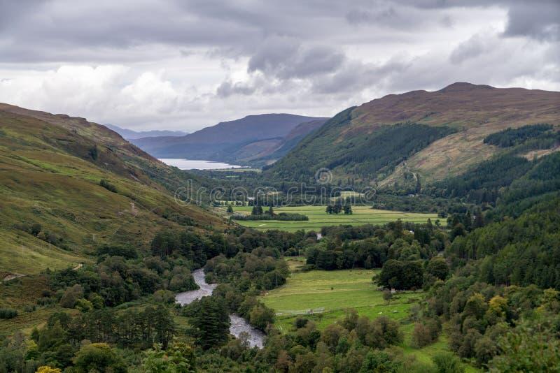 Rivière de Dundonnell, montagnes écossaises, Wester Ross photo libre de droits