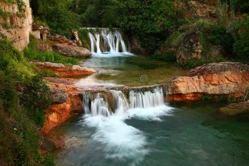 Rivière de Matarraña à Beceite, Espagne photographie stock libre de droits