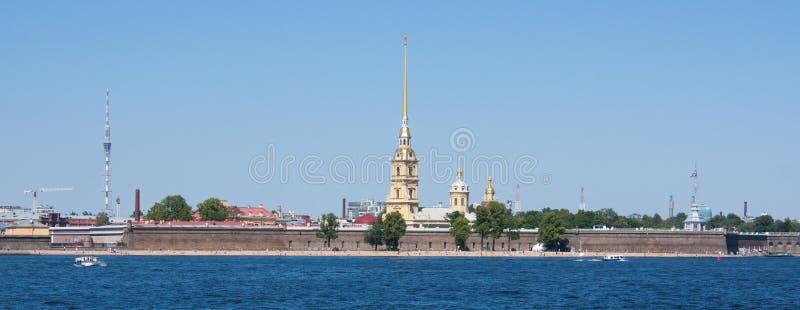 Rivière de Neva, St Petersbourg image libre de droits
