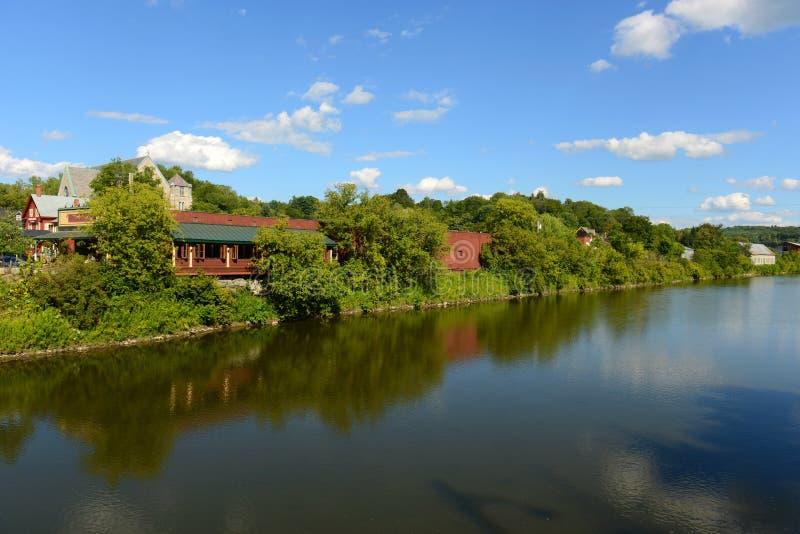 Rivière de Winooski, Montpellier, VT, Etats-Unis photographie stock libre de droits