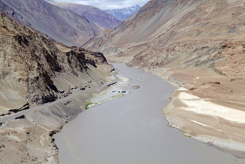 Rivière de Zanskar, Ladakh, Inde photographie stock libre de droits