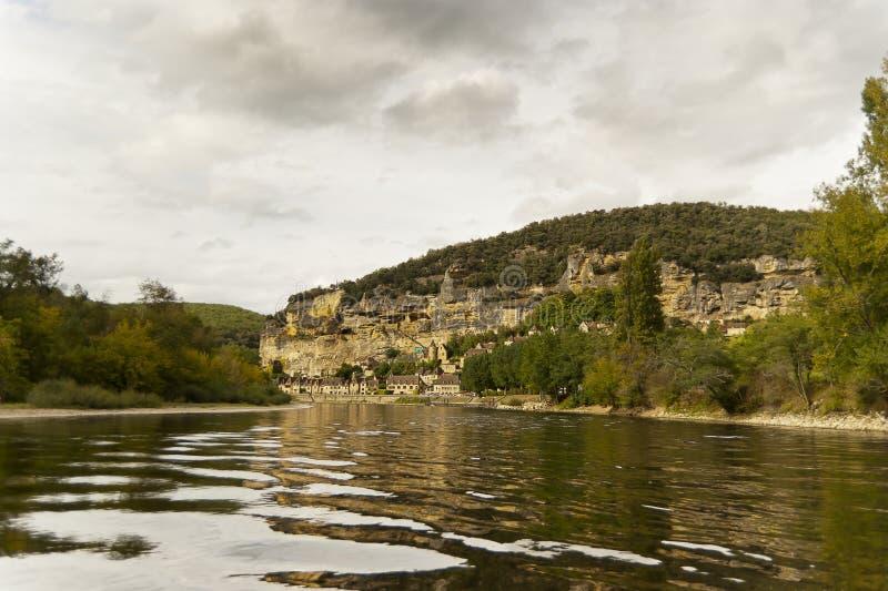 Rivière Dordogne près de La Roque Gageac photo stock
