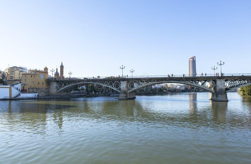 Rivière du Guadalquivir chez Séville, Espagne image stock