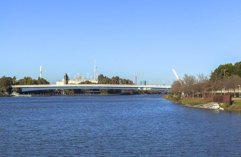 Rivière du Guadalquivir chez Séville, Espagne photo libre de droits
