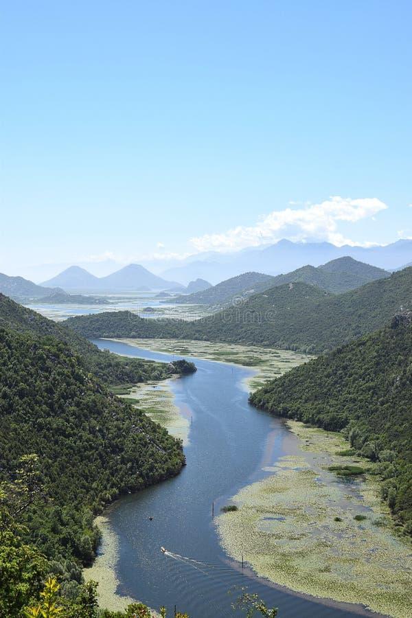 Rivière et montagnes Monténégro photo stock