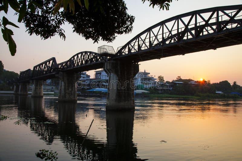 Rivière Kwai, Kanchanaburi, Thaïlande de pont images stock