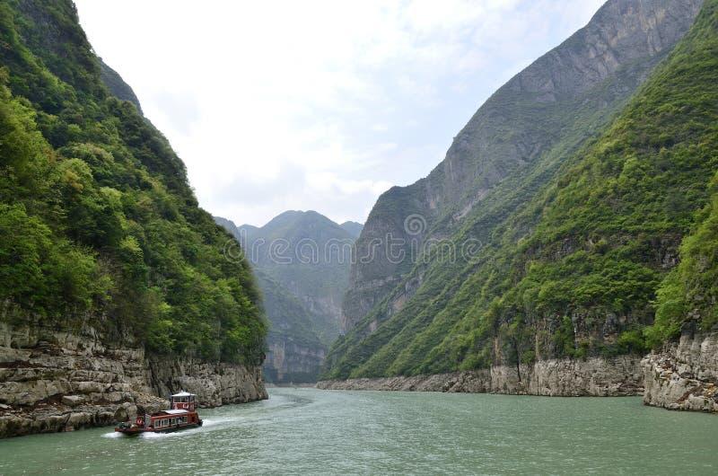 Rivier Drie van China Yangtze Kloven toneelessentie stock afbeeldingen