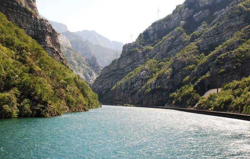Rivier Neretva dichtbij Jablanica royalty-vrije stock foto's