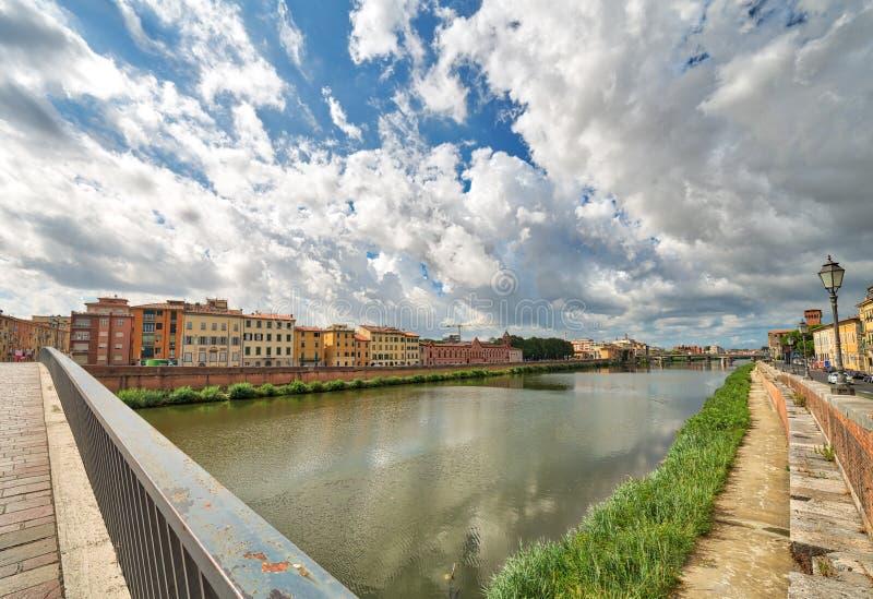 Rivier in Pisa royalty-vrije stock foto's