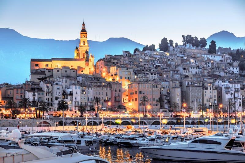 Riviera Menton grodzki widok w zmierzchu obrazy royalty free