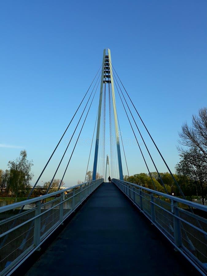 Rivierbrug royalty-vrije stock afbeelding