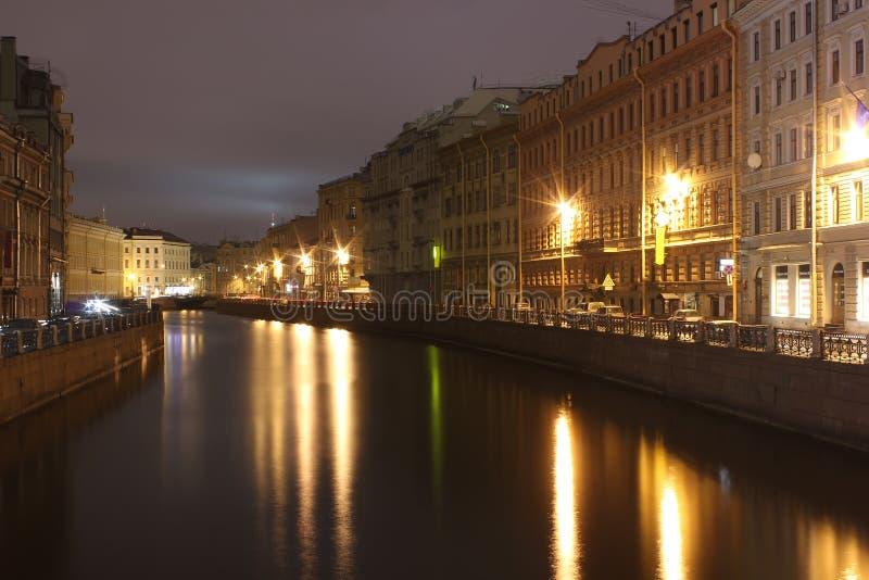 Riviergootsteen, Nevsky-Vooruitzicht, St. Petersburg, Russi stock foto's