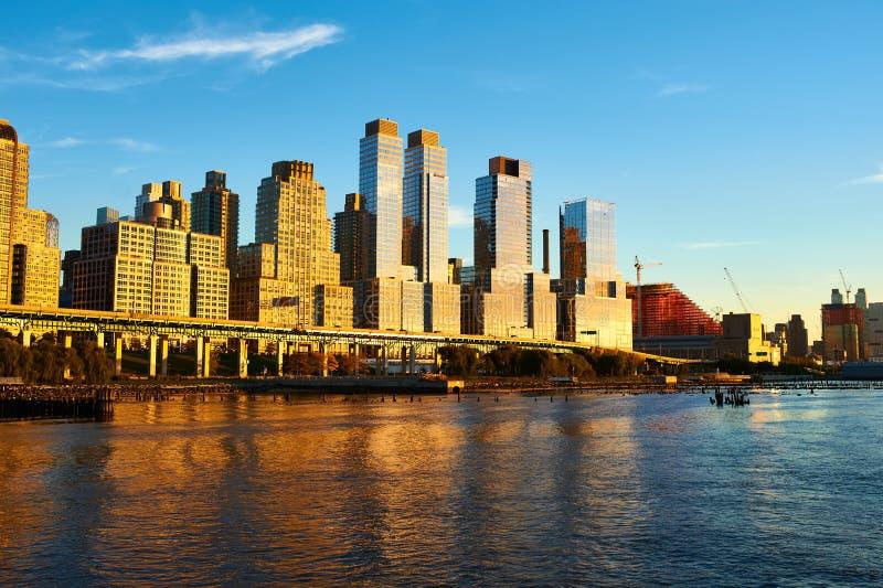 Rivieroeverbuurt in de Stad van New York stock foto's