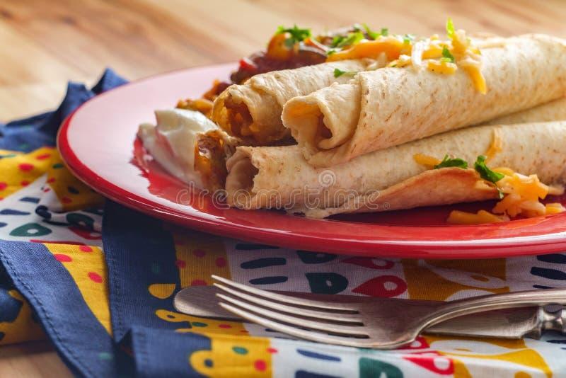 Riz de Taquitos de Mexicain images stock