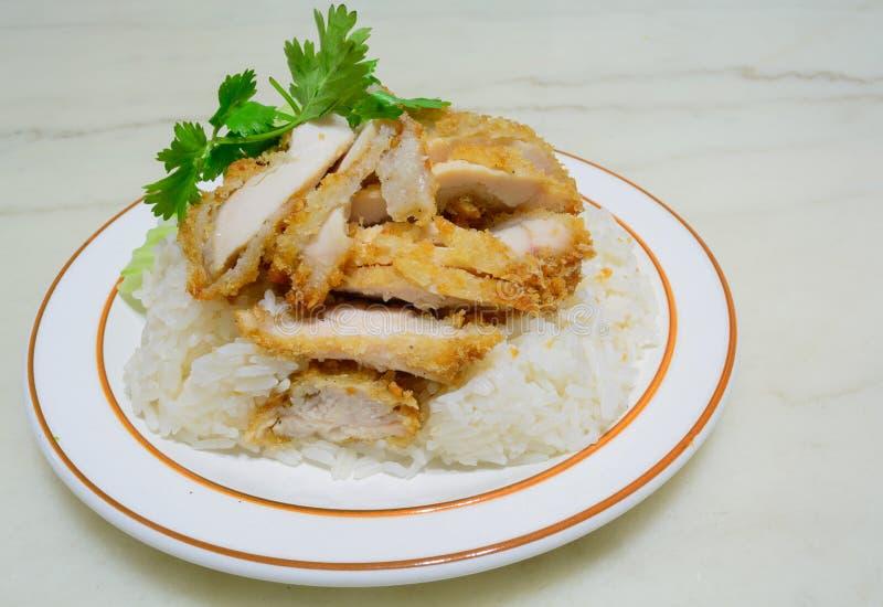 Riz frit de poulet de Hainanese images libres de droits