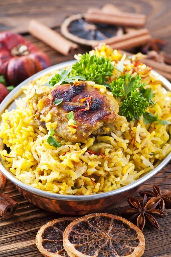 Riz indien avec le poulet photographie stock