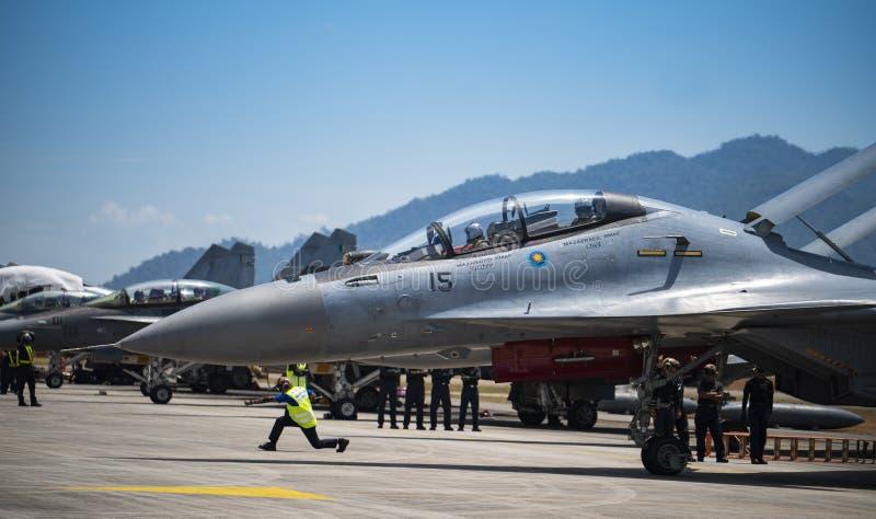 RMAF Sukhoi afasta para o airshow fotos de stock royalty free
