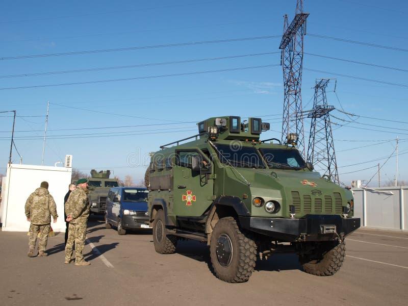 """Rmored Auto APC """"VARTAÂ"""" Ð  Krieg in Ukraine Donbass lizenzfreies stockfoto"""